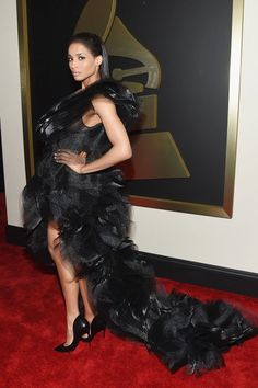Ciara's train is the definition of glam. #GRAMMYs