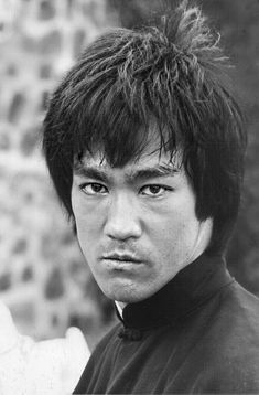 Bruce Lee Pictures, Bruce Lee Martial Arts, Warrior Tattoos, Funny Tattoos, Batman Art, Band Posters, Movie Characters, Character Design Inspiration, Rare Photos