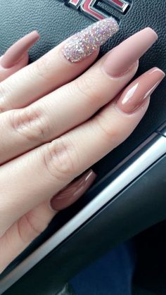 In look for some nail designs and some ideas for your nails? Listed here is our listing of must-try coffin acrylic nails for fashionable women. Sexy Nails, Classy Nails, Dope Nails, Fun Nails, Simple Nails, Perfect Nails, Gorgeous Nails, Pretty Nails, Fabulous Nails