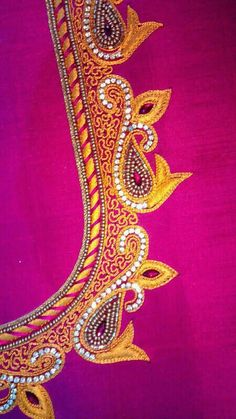 Hand Work Blouse Design, Simple Blouse Designs, Fancy Blouse Designs, Bridal Blouse Designs, Aari Work Blouse, Chudidhar Neck Designs, Dress Neck Designs, Hand Designs, Embroidery Neck Designs
