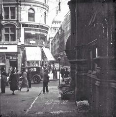 Pageantmaster Court, Ludgate Hill, 1930
