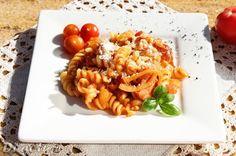 Di gotuje: Makaron z kiełbasą i pomidorami