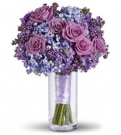 Love this-lilac roses and blue popcorn hydrangea