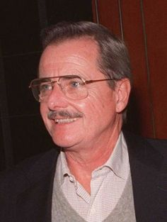 William Daniels as the voice of KITT (Knight Industries Two Thousand) – The autonomous, artifical intelligent car, with whom Michael Knight is partnered. Daniels, who simultaneously also starred on St. Elsewhere, requested to not be credited for his role as KITT's voice. Kitt Knight Rider, William Daniels, 80 Tv Shows, General Lee, Trans Am, Universal Studios, Favorite Tv Shows, Science Fiction, Iron Man