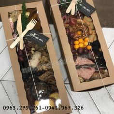 Charcuterie Recipes, Charcuterie And Cheese Board, Food Platters, Cheese Platters, Grazing Food, Plateau Charcuterie, Graze Box, Lunch Catering, Food Packaging Design