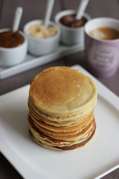 pfannkuchen for kids recipe einfach für kinder von Grund auf und pyjamaparty Pancakes Leger, Nutella, Smart Points, Healthy Cooking, Healthy Recipes, Pancake Healthy, Weigh Watchers, Light Cakes, Ww Desserts