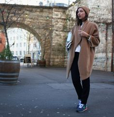 Oversized coat by Paula Immich, Rebecca Minkoff mini bag and New Balance sneakers Camel & blue shades