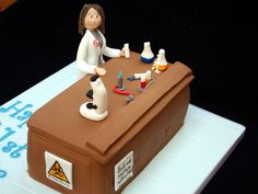 Crazy4Cakes: Laboratory Scientist Cake. Love the detail :-)