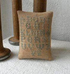 Antique Reproduction Pinkeep ~  Threadwork Primitives (Nan)