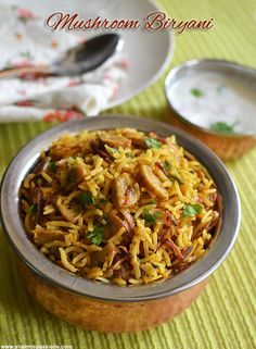 Chettinad Mushroom Biryani is a great one pot meal for lunch.Any biryani you name it, he will have a wide smile in his face, hubby loves bi. Vegetable Recipes, Chicken Recipes, Vegetarian Recipes, Cooking Recipes, Healthy Recipes, Chicken Byriani Recipe, Vegetable Biryani Recipe, Chicken Rice, Veggie Food