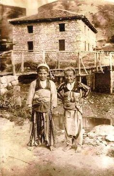Osmanlı Florina'sı....Yalınayak ama mutlular