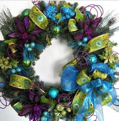 W Peacock Christmas Tree, Blue Christmas, Christmas Themes, Christmas Holidays, Christmas Crafts, Christmas Decorations, Christmas Colors, Christmas Stocking, Wreaths And Garlands