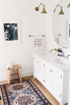 Bathroom Mirror Ideas - This bathroom looks absolutely amazing! I love the double vanity, gold light fixture and that rug.so many great bathroom ideas - I think I could even do this bathroom on a budget! Budget Bathroom, Bathroom Interior, Bathroom Ideas, Bathroom Inspo, Bohemian Bathroom, Bathroom Vintage, Bathroom Designs, Bathroom Remodeling, Bathroom Rugs