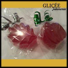 Calabaza y hoja de otoño en jabón de glicerina con esencia de mandarinas.  Glicee@outlook.com
