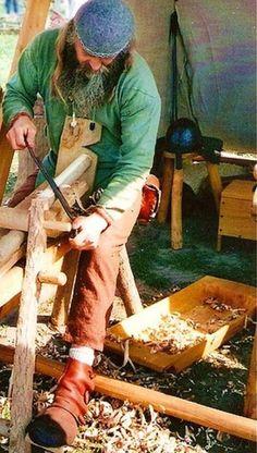 Woodworker at the Viking Market near Ribe. https://www.flickr.com/photos/jenknox/2867745157/