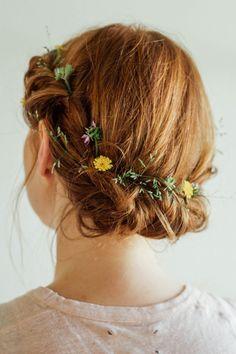 4 hairstyle to try now Flower Belt, April Wedding, Bridezilla, World Of Fashion, Hair Inspiration, Dream Wedding, Braids, Fancy, Long Hair Styles