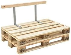 Use Pallet Wood Projects to Create Unique Home Decor Items – Hobby Is My Life Pallet Cushions, Diy Pallet Sofa, Diy Pallet Projects, Pallet Ideas, Pallet Headboards, Pallet Benches, Pallet Tables, Pallet Patio, Pallet Bar