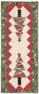 Quilt Inspiration: Free pattern day: Christmas Table Runners! Christmas Quilting Projects, Christmas Patchwork, Christmas Quilt Patterns, Christmas Sewing, Christmas Crafts, Christmas Placemats, Christmas Tables, Christmas Items, Xmas Table Runners