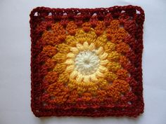 Color Inspiration ~  Sunburst Granny Motif, in delicious autumnal colours. I never tire of this design, love it. Linked via Raverly: Thanks so for share xox http://web.archive.org/web/20011226081401/members.aol.com/lffunt/sunburstgs.htm