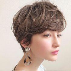 Pin on HairStyle Pin on HairStyle Tomboy Hairstyles, Pixie Hairstyles, Short Hairstyles For Women, Cool Hairstyles, Korean Short Hair, Short Hair Cuts, Medium Hair Styles, Curly Hair Styles, Pixie Bob Haircut