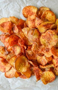 Homemade BBQ Sweet Potato Chips I howsweeteats.com