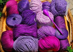 Quality yarns for Summer knitting  Cotton merc mashine washable,linen, silk.  In more than 400 colours.The  knitters dream