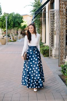 Blue and white polka dot skirt perfect for the holidays or France vacation which I am imagining! See the custom skirt with pockets! holiday dress skirt