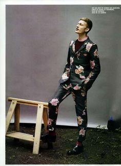 Bastian Thiery 10 Men Photoshoot Features Vibrant Florals #menstrends #topmensfashion