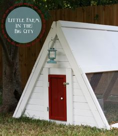 We always love a red door, but we especially love the one on this adorable A-frame chicken coop.