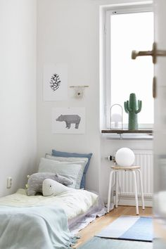 Love Cacti? Add a Little Cactus Chic to your Kids Rooms http://petitandsmall.com/cactus-trend-kids-room/
