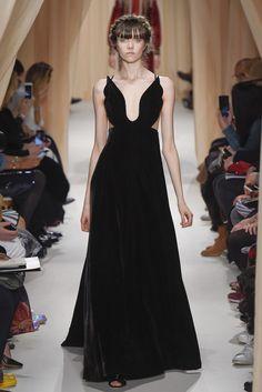 Valentino Couture Spring 2015 - Slideshow - Runway, Fashion Week, Fashion Shows, Reviews and Fashion Images - WWD.com