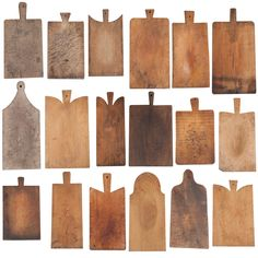A beautifully displayed collection of antique bread boards. Swipe to see our own bread boards offered in the shop. Wooden Bread Board, Wooden Chopping Boards, Wooden Boards, Diy Cutting Board, Wood Cutting Boards, Metal Clock, Antique Art, Wood Crafts, Wood Projects