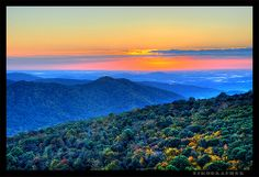 Blue Ridge Mountains in Shenandoah National Park, by Nikographer [Jon], via Flickr