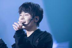 "jeongin pics on Twitter: ""✨ JEONGIN BRACES PRECIOUS SMILE — A THREAD ✨"""