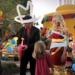 Brad Paisley + Carrie Underwood Host 'Other Things' in Funny 2012 CMA Awards Commercials