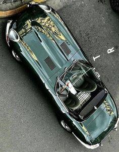 cars british jaguar e type Retro Cars, Vintage Cars, Supercars, 2013 Jaguar, Automobile, Engin, Jaguar E Type, Amazing Cars, Luxury Cars