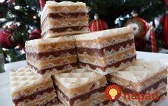 Vianočné rezy za 10 minút: Pripravte si dvojfarebné plnené oblátky!