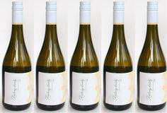 Ochutnajte novinku aktuálne u nás v predaji - Rizling vlašský 2015   Vladimír Hronský ...www.vinopredaj.sk  #vladimirhronsky #hronsky #rizlingvlassky #vino #wine #wein #inmedio #vinoteka #wineshop #delikatesy #rocnik2015