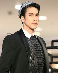 Actors Male, Male Celebrities, Thai Drama, Alex O'loughlin, The Crown, Luhan, Cute Guys, Crushes, People