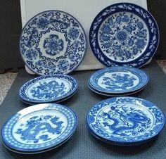Lot of 10 Blue/White #Porcelain Salad #DinnerPlates BOMBAY #China Dragon- #VintageChina #DragonChina #ChinesePorcelain #Art #BOMBAY awesome set of plates in awesome condition.