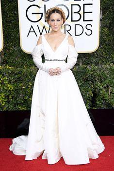 Sarah Jessica Parker Dress: Vera Wang Collection Sarah Jessica Parker, Meryl Streep, Celebrity Red Carpet, Celebrity Dresses, Look Formal, Red Carpet Gowns, Vogue, Glamour, Queen