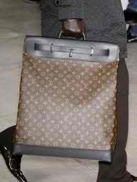 Vuitton Bag! I WANT!!!!