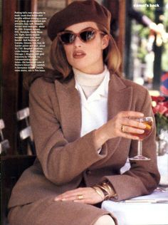 supermodels Meghan Douglas by Pamela Hanson Vogue US, August 1992 80s Fashion, Fashion Dresses, Vintage Fashion, Style Fashion, Fashion Jewelry, Fashion Tips, Pamela Hanson, 90s Models, Vogue Us