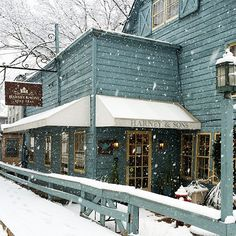 Harney & Sons in Millerton, NY - A respite for winter travelers. Warm up with a cup of your favorite tea.