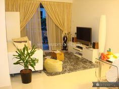 2BR condo unit for rent near Farrer Park MRT. 3,500 SGD / month. No agent fee.  All details and contact here: http://www.ezproperty.sg/…/Oxford-Suites_Condo_for-rent_2192  We promote listings posted on EZProperty.sg at no cost, it just needs to look good and be priced right.  ‪#‎Singapore‬ ‪#‎2BR‬ ‪#‎condo‬ ‪#‎ForRent‬ ‪#‎FarrerPark‬ ‪#‎MRT‬