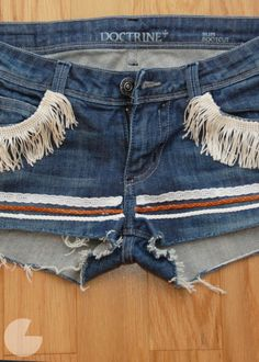 Runway DIY #musicfestival #diy What Syd says: I totally want to make these!