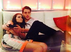 Zoey Deutch & Dominic Sherwood What's is happening here?