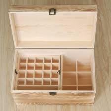 Caixas para frascos de óleos essenciais.