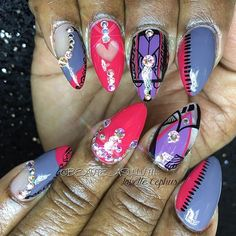 To book an appointment call 4193899110 or stop by 2011 Glendale ave. toledo Ohio  VISIT www.beauteasylum.com FOR INFO #beauteasylum #lavette#nails #nailart #naildesigns #nailartdesigns #nailartist #nailartjunkie #nailartaddict  #beauty #nails4today #notd #nailswag #nailartlove #nailpics #nailtech #birthdaynails #celebritynails #handpaintednailart #stilettos #glitter #art #fashion #nailpics #nailartlove #nailartclub #manicure @desi_mcg