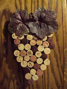 Wine Cork Trivet (from Etsy)... neat!